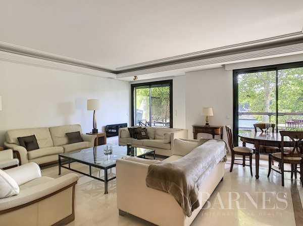 Appartement Neuilly-sur-Seine  -  ref 4056479 (picture 2)