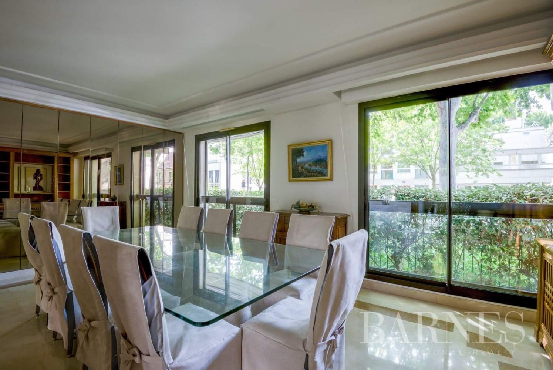Neuilly-sur-Seine  - Appartement 6 Pièces 3 Chambres - picture 9