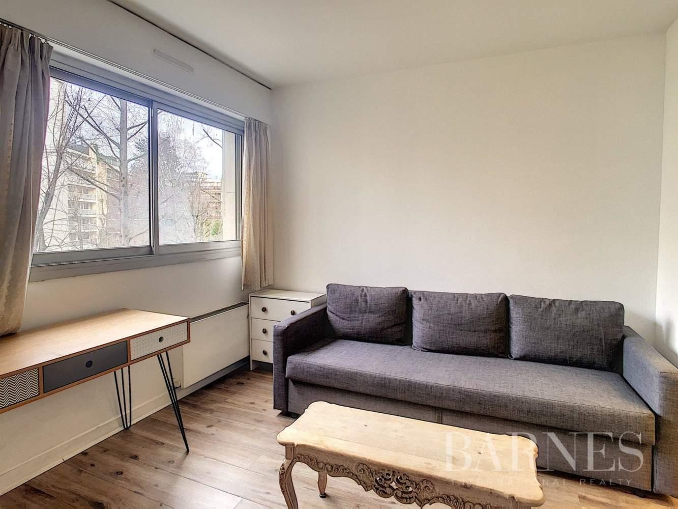 Neuilly-sur-Seine  - Studio  - picture 1