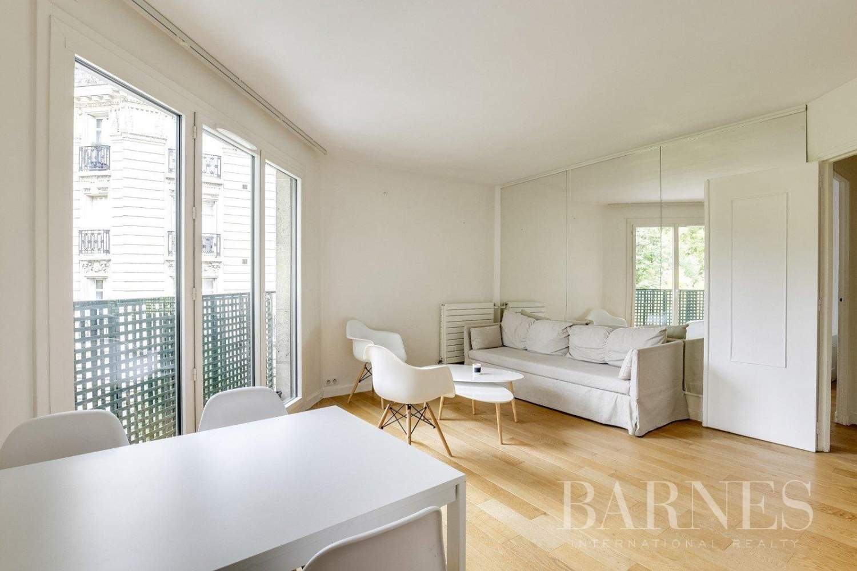 Neuilly-sur-Seine  - Appartement 3 Pièces 2 Chambres - picture 1