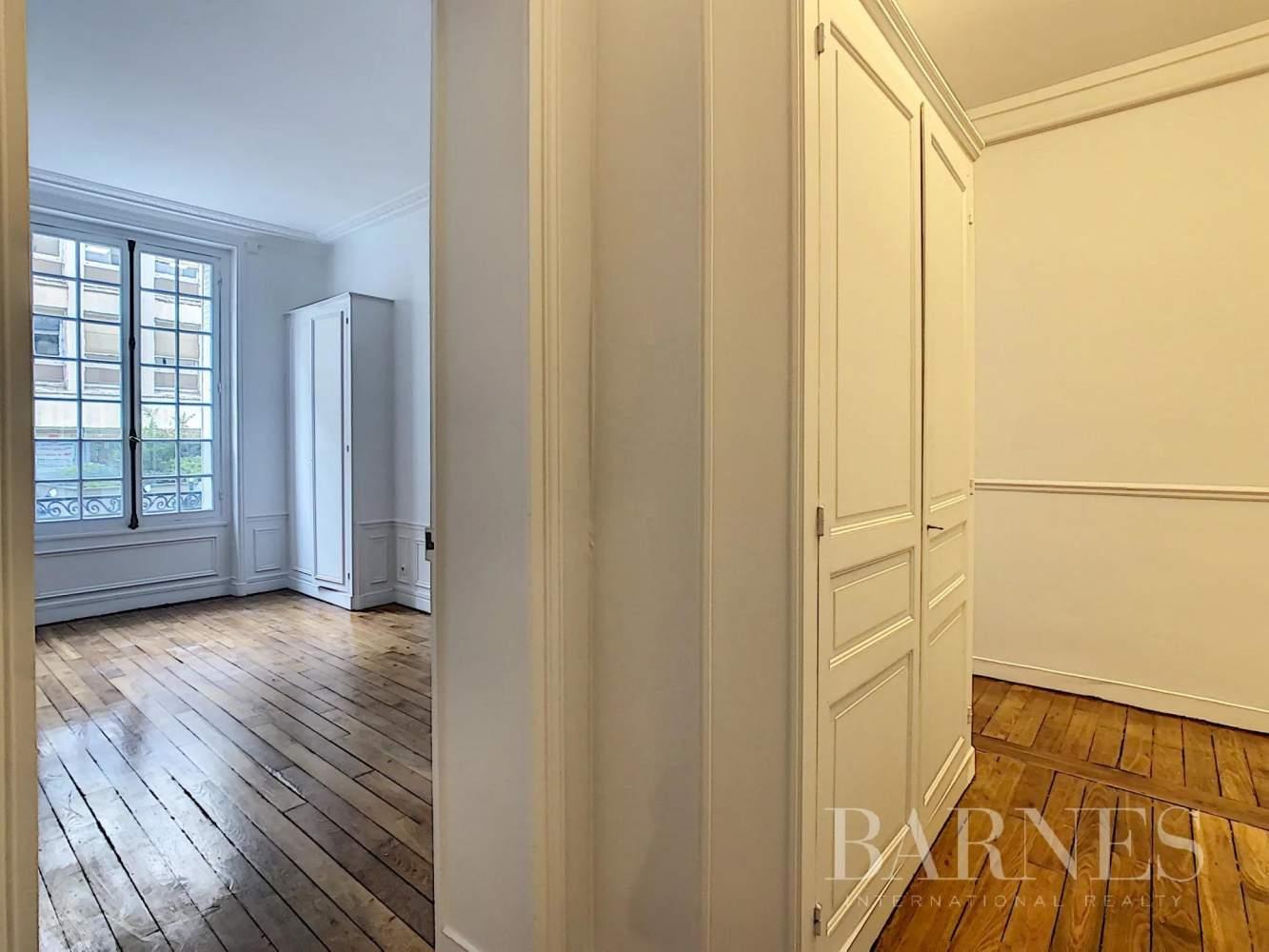 Neuilly-sur-Seine  - Appartement 6 Pièces 3 Chambres - picture 6