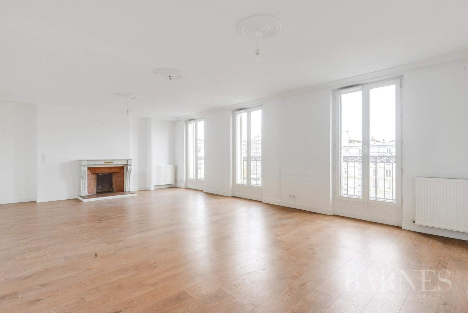 Neuilly-sur-Seine  - Appartement 5 Pièces 3 Chambres - picture 1