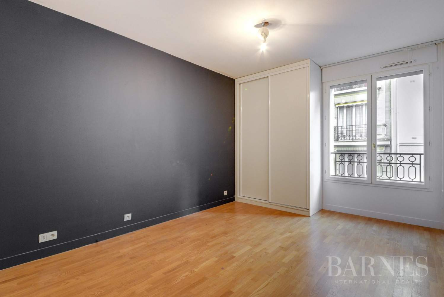 APPARTEMENT 2 CHAMBRES NEUILLY picture 9