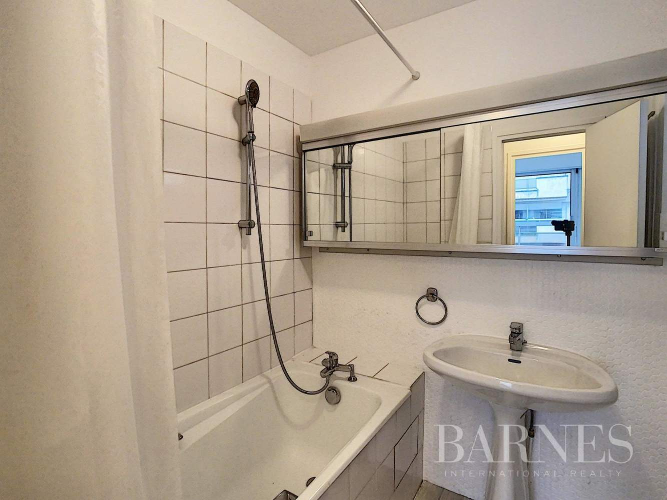 Neuilly-sur-Seine  - Apartment 2 Bedrooms - picture 9