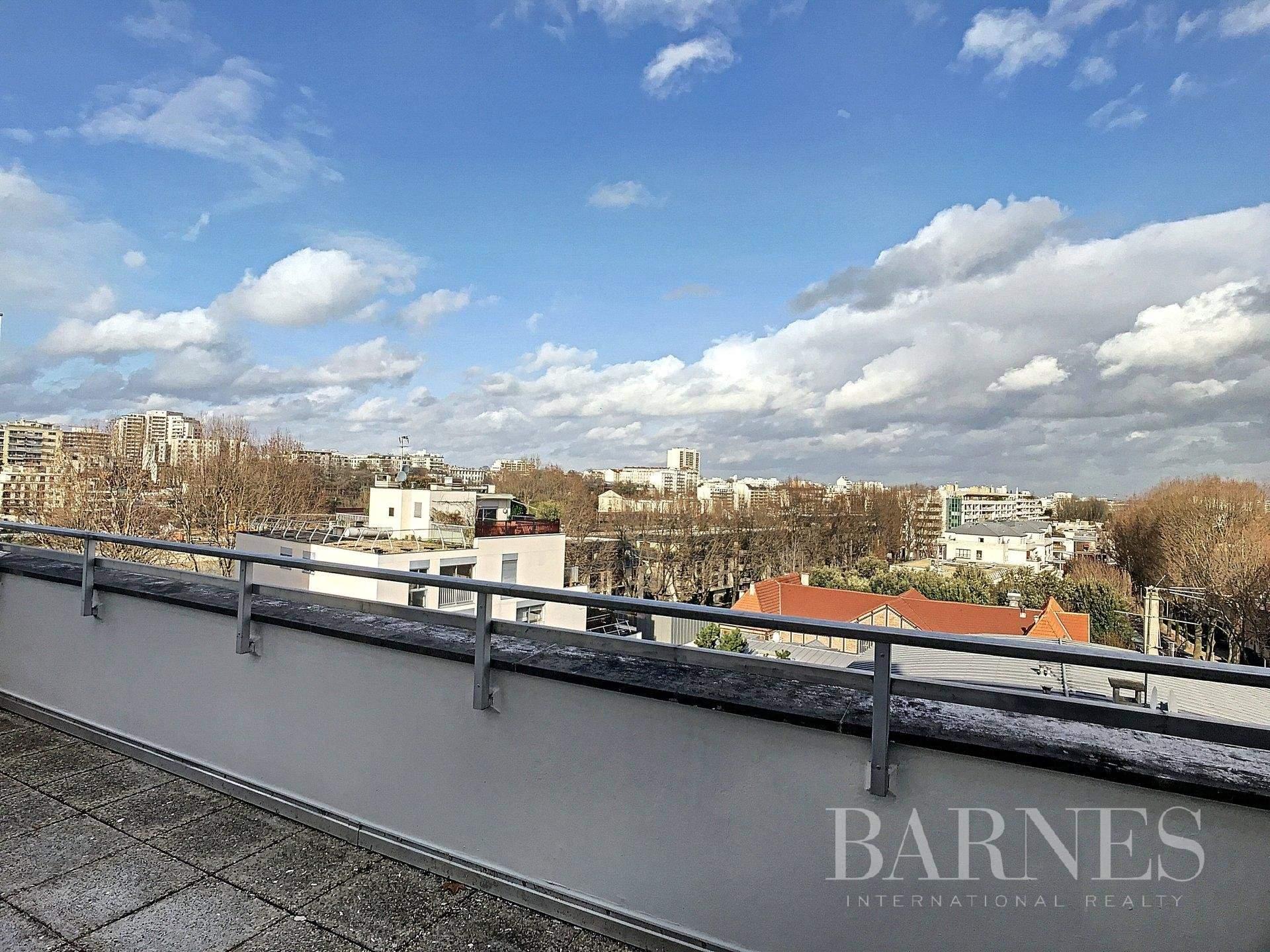 Neuilly-sur-Seine  - Piso 1 Cuarto, 1 Habitacion - picture 2
