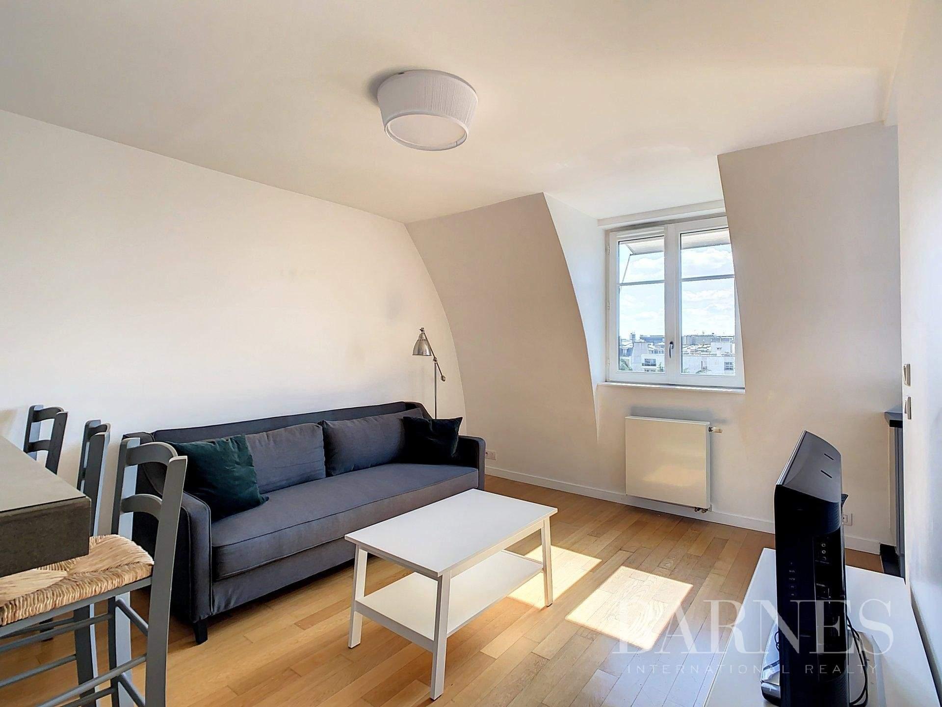 Neuilly-sur-Seine  - Piso 2 Cuartos, 1 Habitacion - picture 2