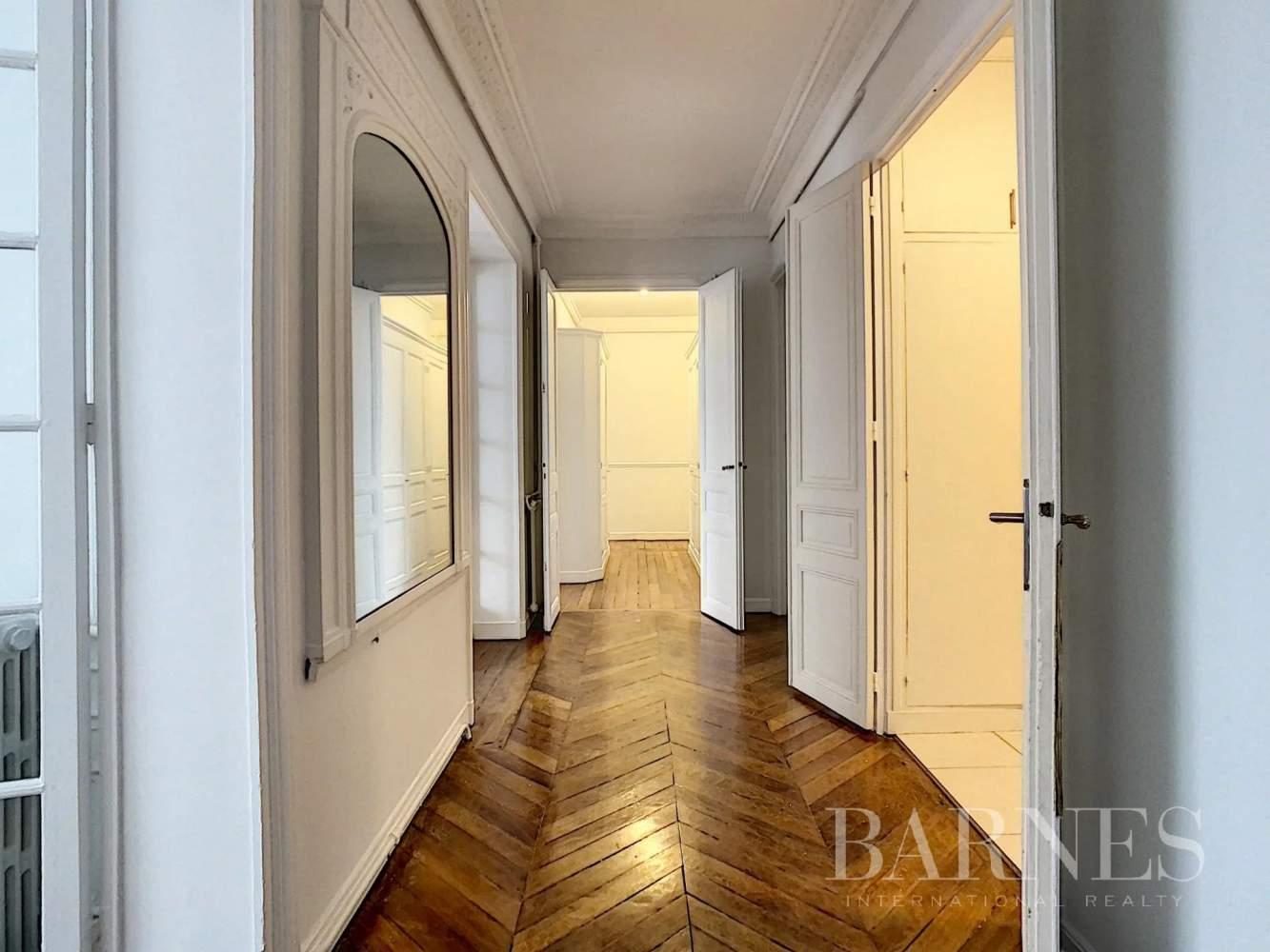 Neuilly-sur-Seine  - Appartement 6 Pièces 3 Chambres - picture 5