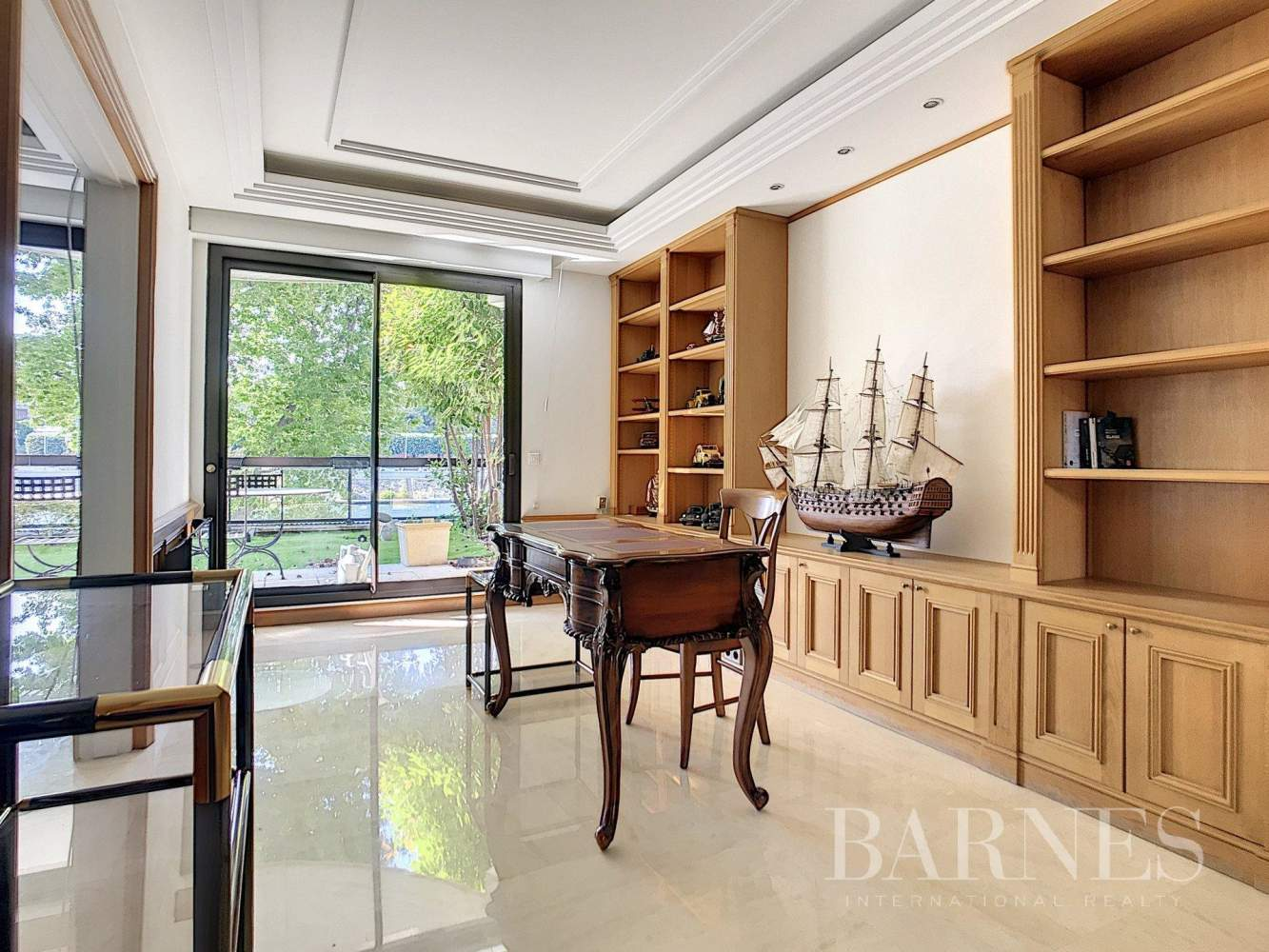 Neuilly-sur-Seine  - Apartment 3 Bedrooms - picture 3