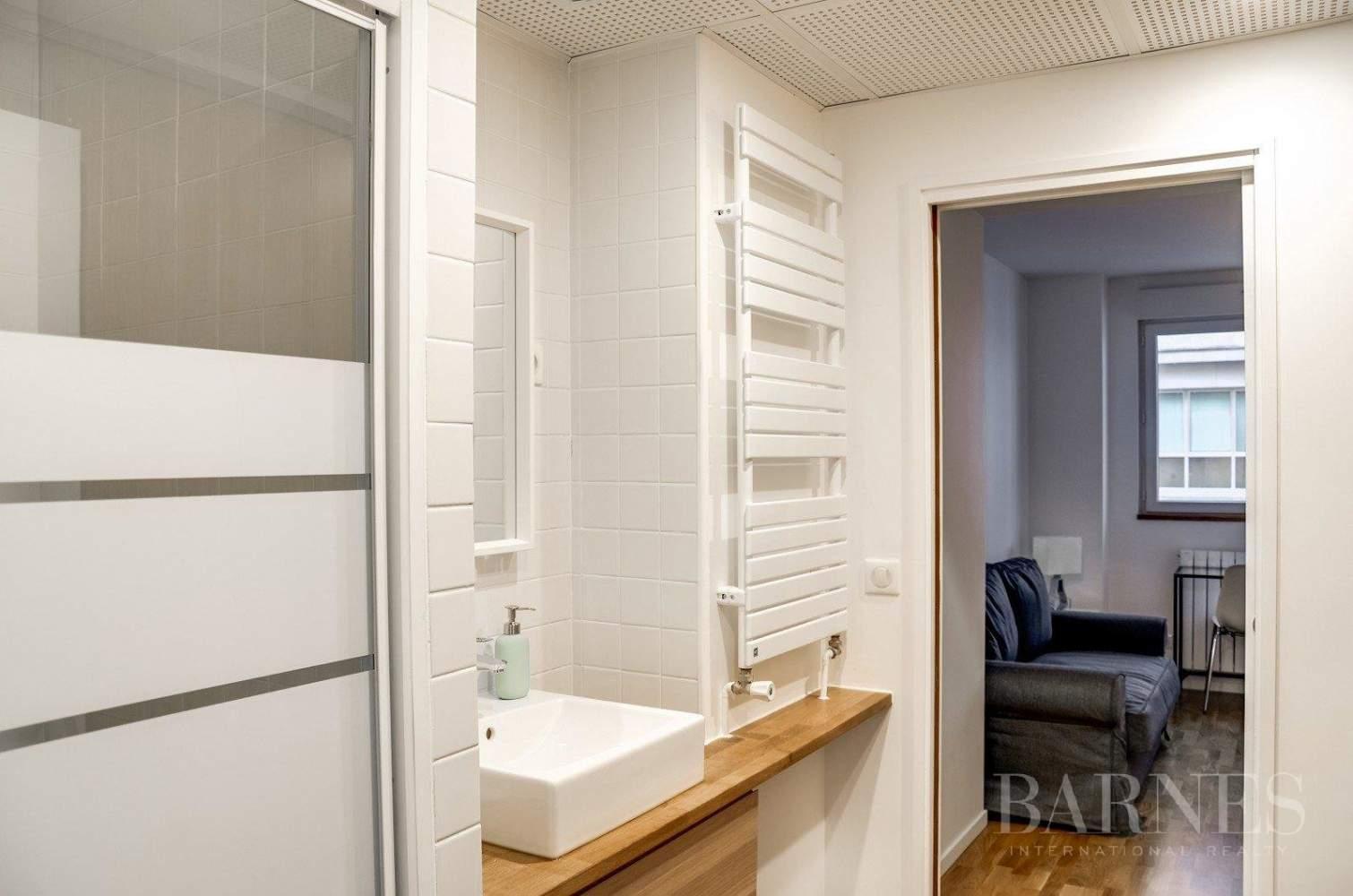 Neuilly-sur-Seine  - Appartement 3 Pièces 2 Chambres - picture 7