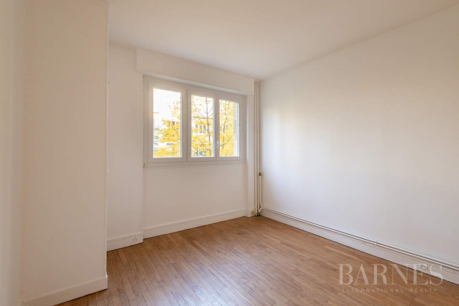 NEUILLY CHEZY APPARTEMENT 3 CHAMBRES VIDE PARKING BALCON picture 8