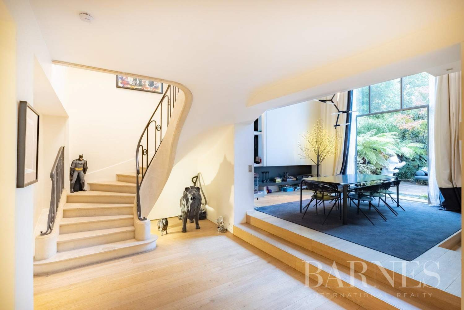 Neuilly-sur-Seine  - House 5 Bedrooms - picture 1