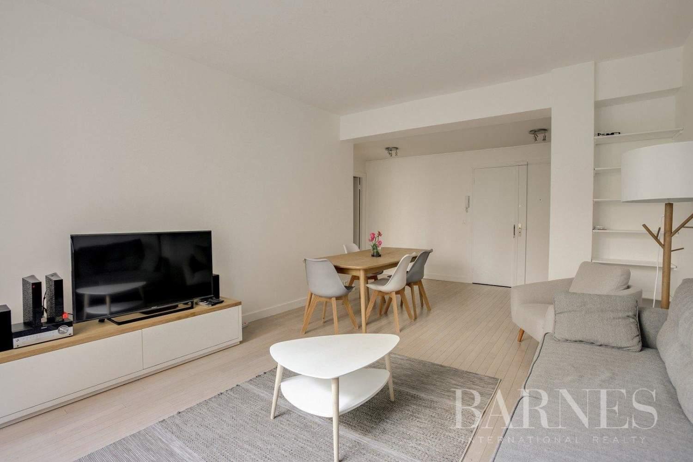 Neuilly-sur-Seine  - Appartement 3 Pièces 2 Chambres - picture 4