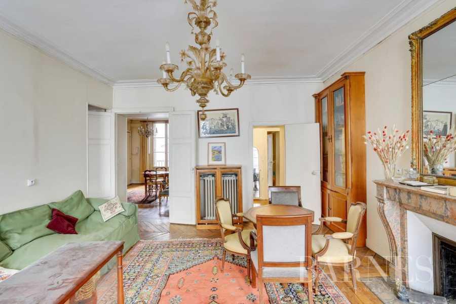 Paris  - Piso 4 Cuartos 2 Habitaciones