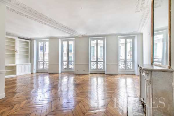 Appartement Paris 75006  -  ref 5437811 (picture 1)