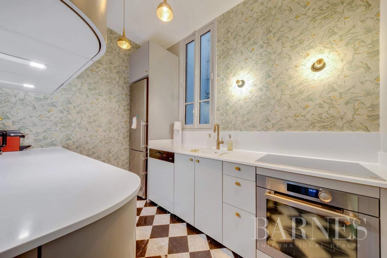 Paris  - Appartement 9 Pièces 4 Chambres - picture 7