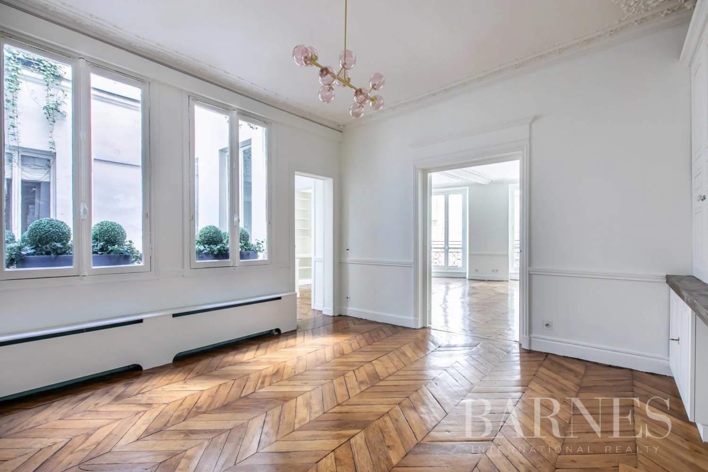 Paris  - Appartement 9 Pièces 4 Chambres - picture 6