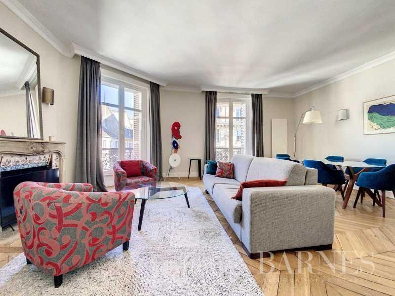 Paris  - Appartement 2 Pièces