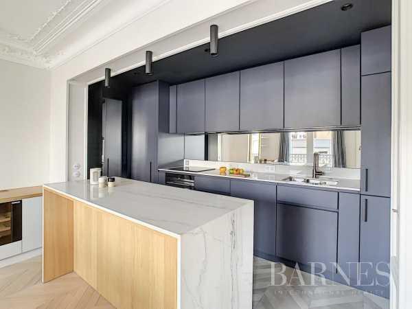 Appartement Paris 75007  -  ref 5856212 (picture 3)