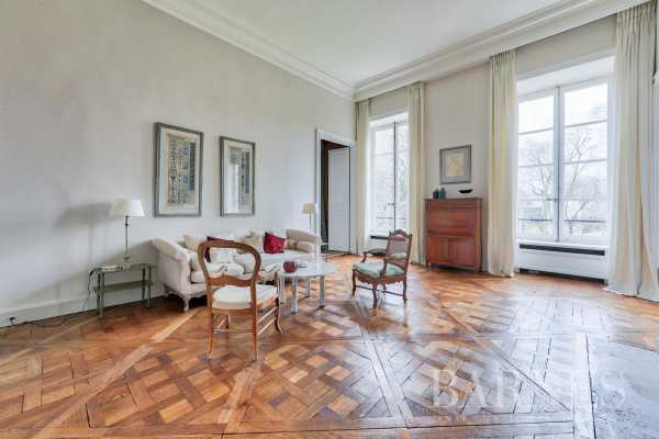 Apartment Paris 75007  -  ref 3310068 (picture 2)