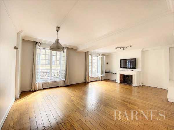 Appartement Paris 75006  -  ref 3708480 (picture 1)