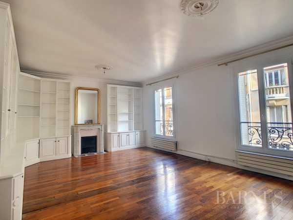 Apartamento Paris 75015  -  ref 3548498 (picture 1)