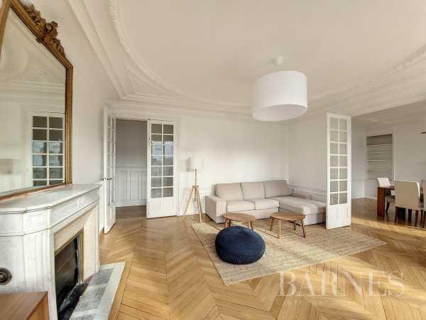 Appartement Paris 75015  -  ref 6087327 (picture 2)