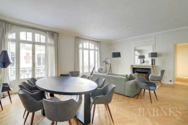 Appartement Paris 75006 - Ref 2765493