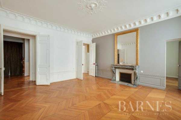 Appartement Paris 75007  -  ref 2766551 (picture 2)