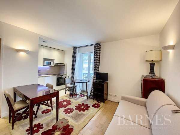 Appartement Paris 75007  -  ref 4521117 (picture 1)