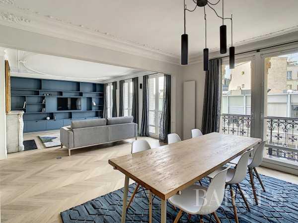 Appartement Paris 75007  -  ref 5856212 (picture 1)