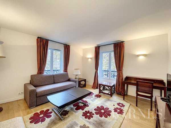 Appartement Paris 75007  -  ref 4521028 (picture 2)