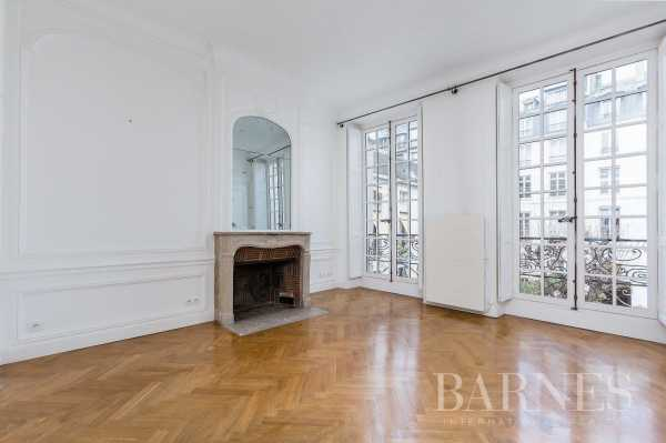 Apartment Paris 75007  -  ref 2769534 (picture 3)
