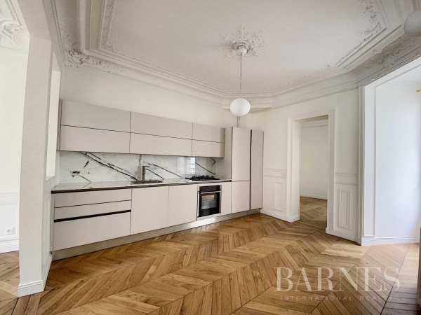 Appartement Paris 75006  -  ref 5806887 (picture 3)