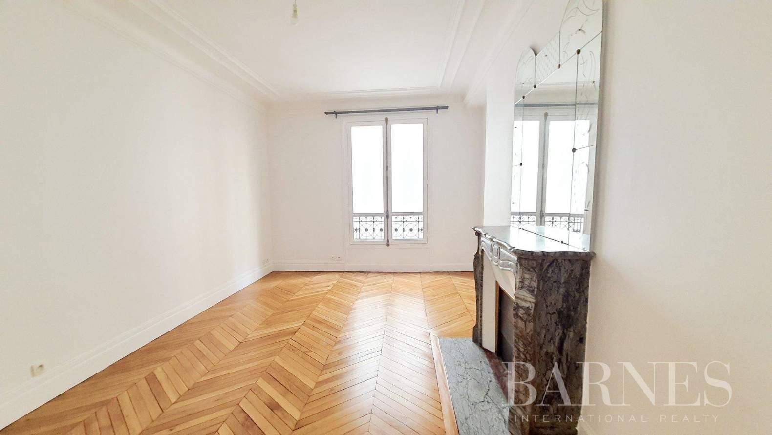 Paris  - Apartment 3 Bedrooms - picture 15