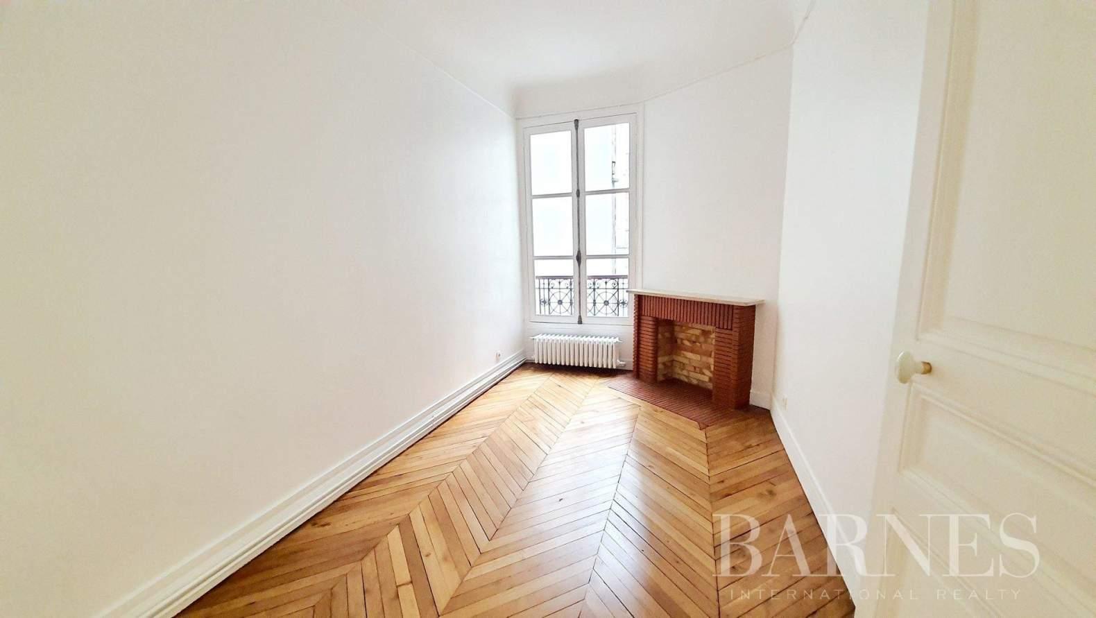 Paris  - Apartment 3 Bedrooms - picture 18
