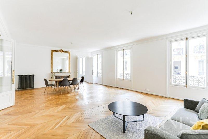 Paris  - Appartement 6 Pièces 4 Chambres - picture 2
