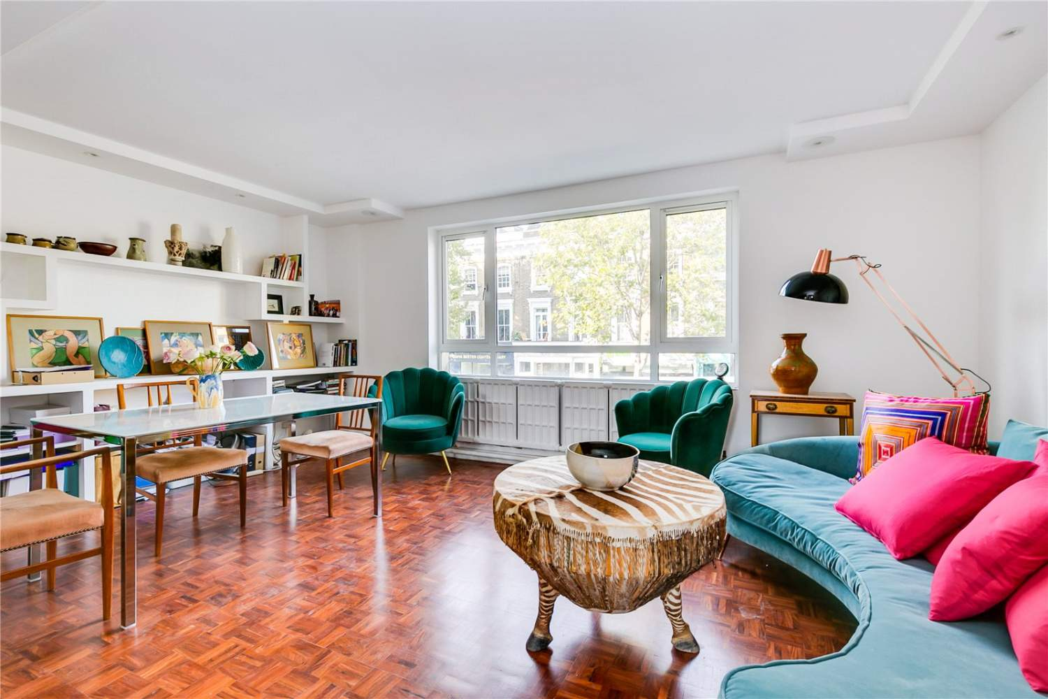 London  - House 3 Bedrooms - picture 1