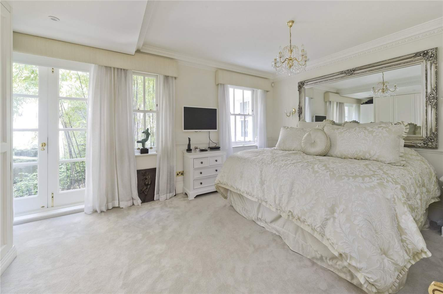 London  - Apartment 3 Bedrooms - picture 10