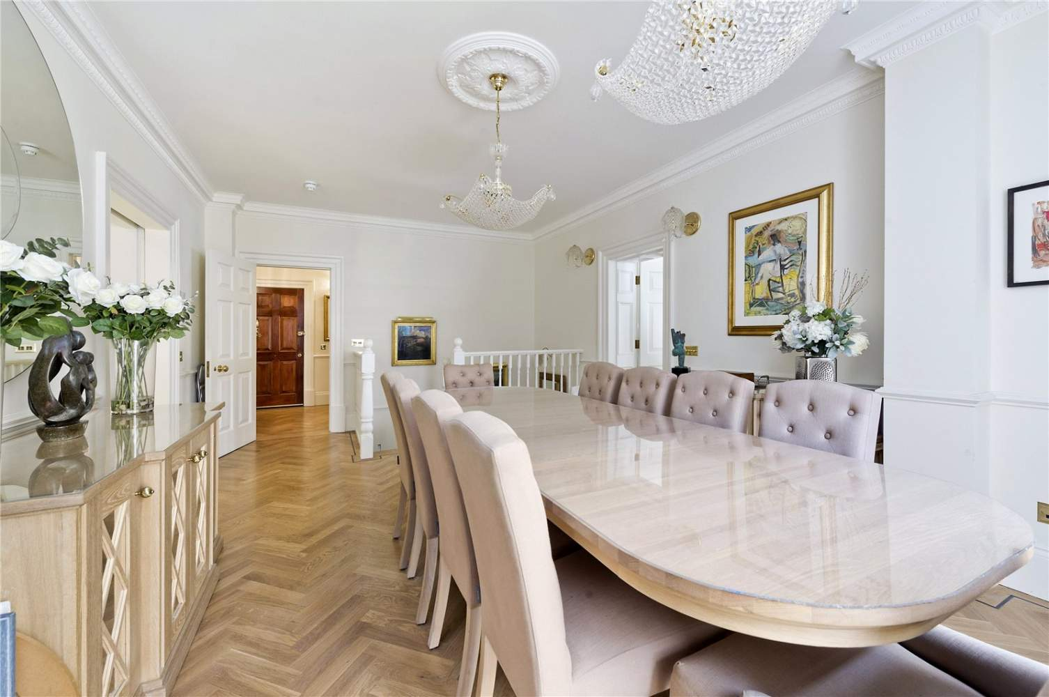 London  - Apartment 3 Bedrooms - picture 3
