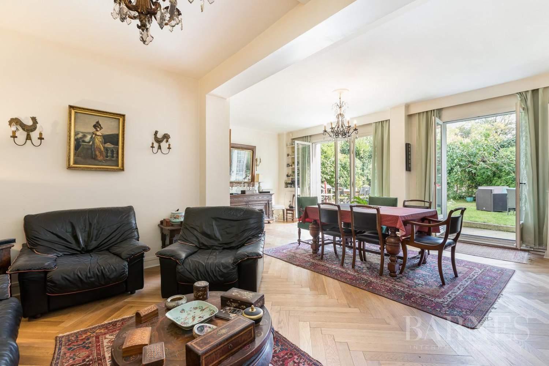 Saint-Cloud  - Maison 10 Pièces 6 Chambres - picture 4