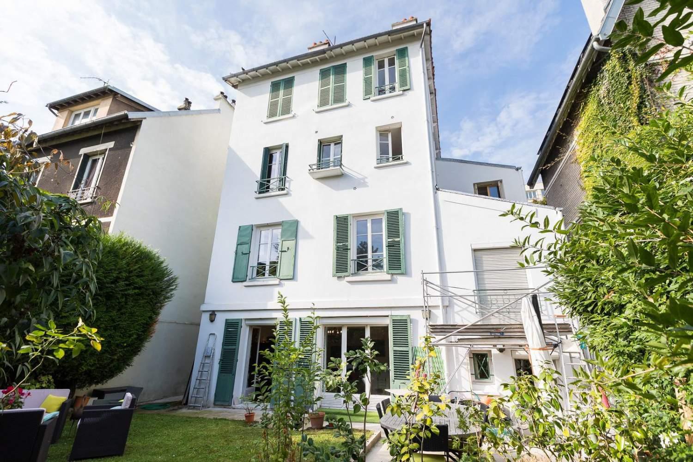 Saint-Cloud  - Maison 10 Pièces 6 Chambres - picture 1