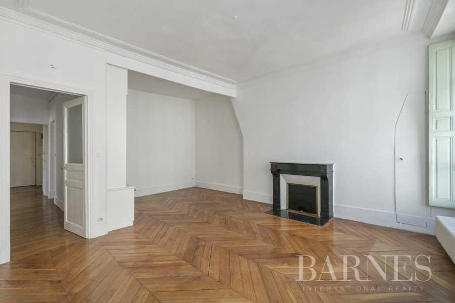 Versailles  - Appartement 5 Pièces 3 Chambres