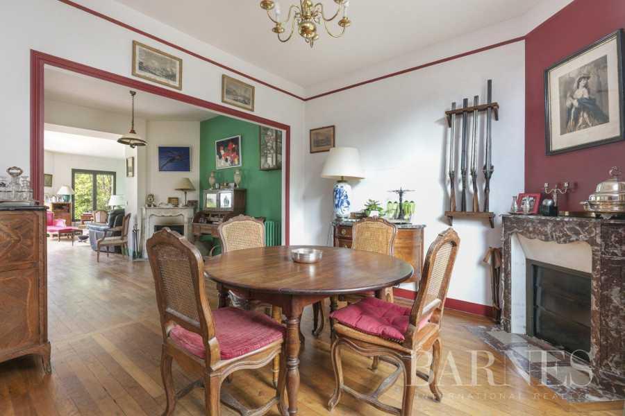 Chatou  - Villa 7 Pièces 4 Chambres