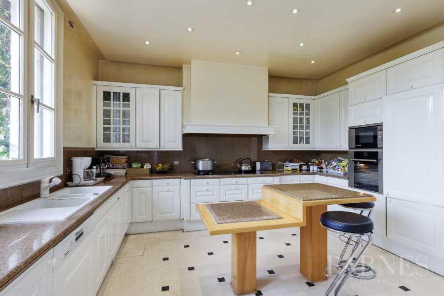 Chambourcy  - Maison 10 Pièces 6 Chambres