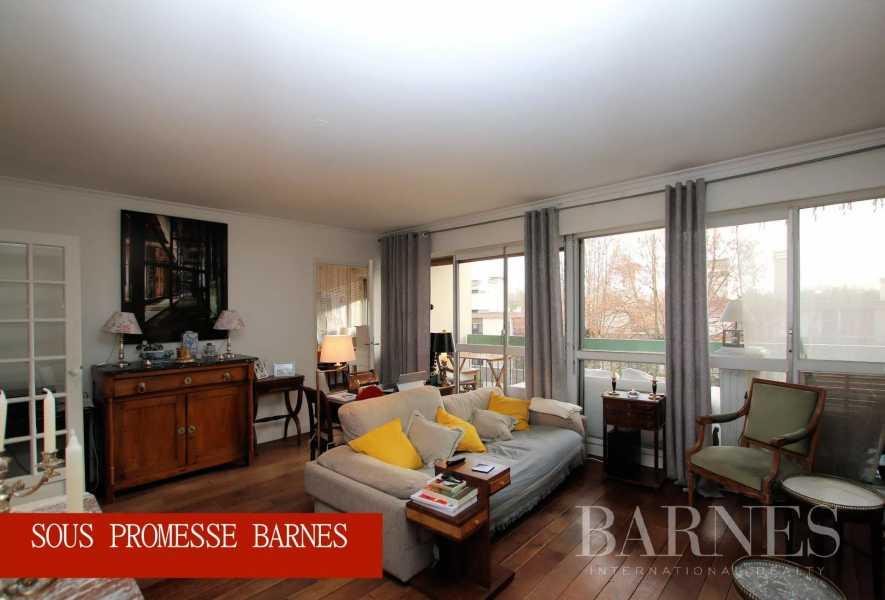 Le Mesnil-le-Roi  - Piso 4 Cuartos 3 Habitaciones