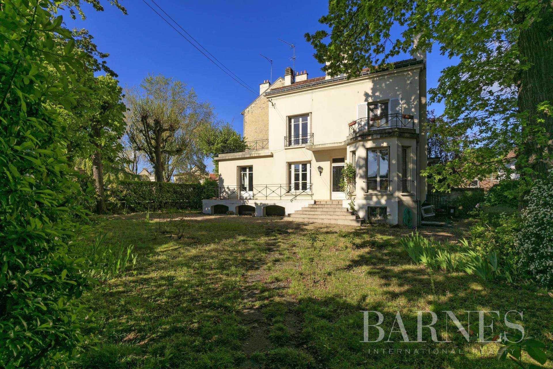 Saint-Germain-en-Laye  - Maison