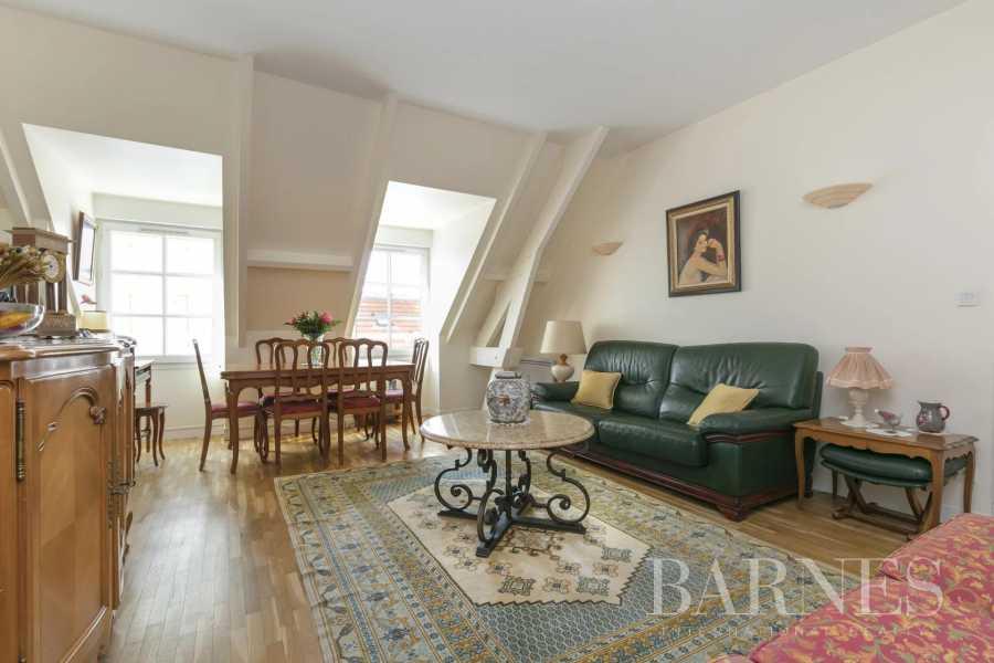 Saint-Germain-en-Laye  - Appartement 2 Pièces, 1 Chambre