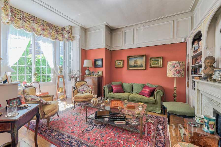 Saint-Germain-en-Laye  - Maison 11 Pièces