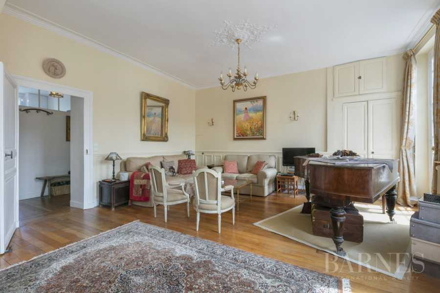 Versailles  - Apartment 3 Bedrooms