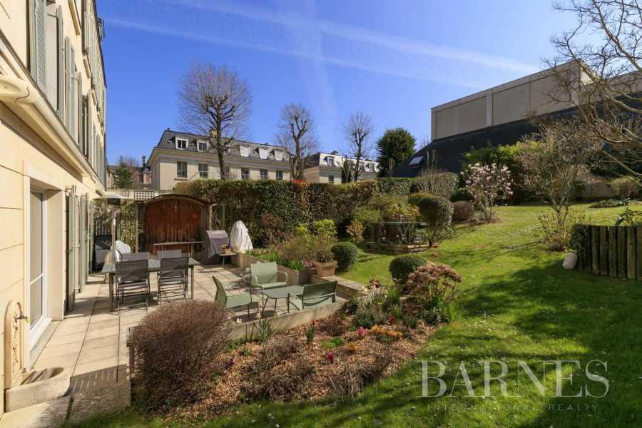 Saint-Germain-en-Laye  - Piso 8 Cuartos 4 Habitaciones